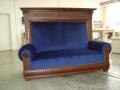 Antikes Sofa mit Rückenüberbau, Samtvelousbezug