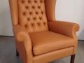 Sessel mit handgelegter Rückenheftung